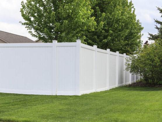 vinyl fence company braintree ma